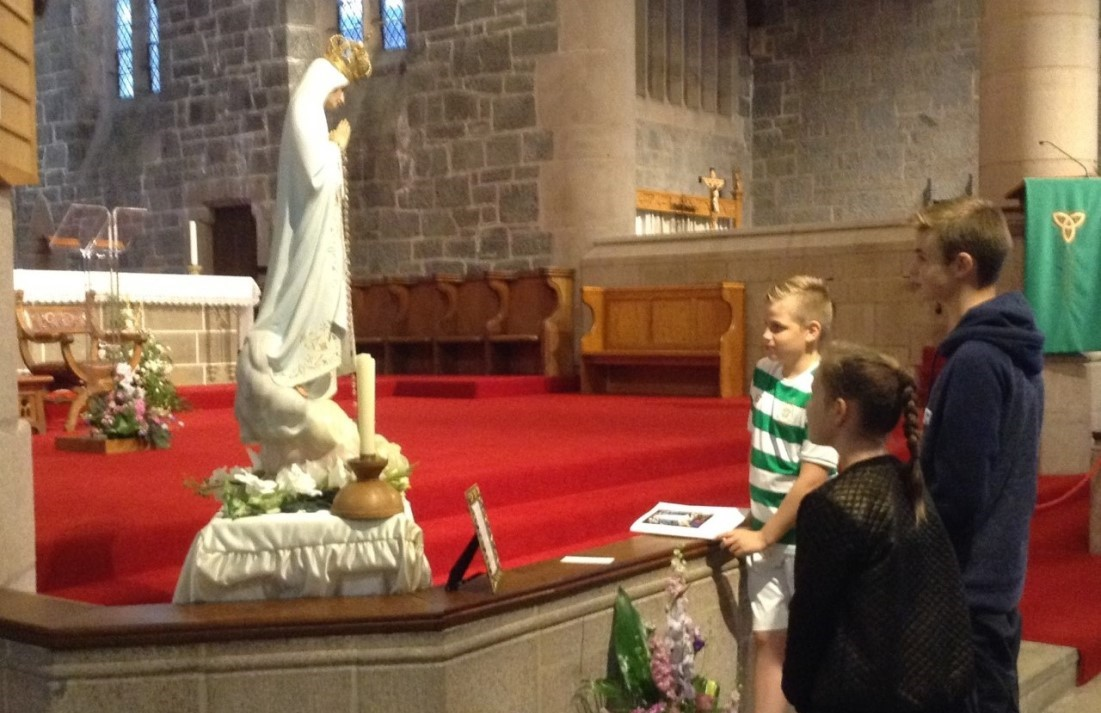Honouring Our Lady of Fatima in St. Columba's Cathedral